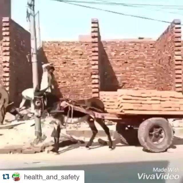 ConstruçãocivilMarque your friend ta working more than